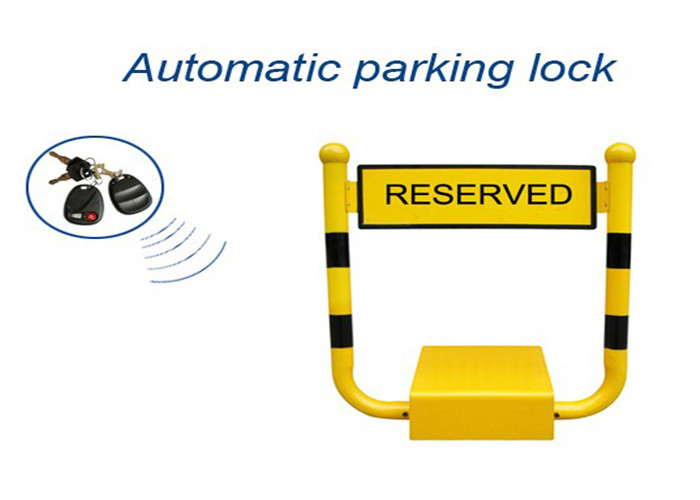 U Shape Vehicle Parking Reservation Lock , Car Parking Space Barriers 433mhz Frenquency